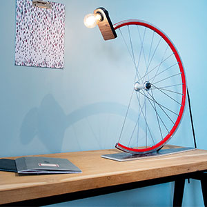 Upcycling, cycling desk lamp